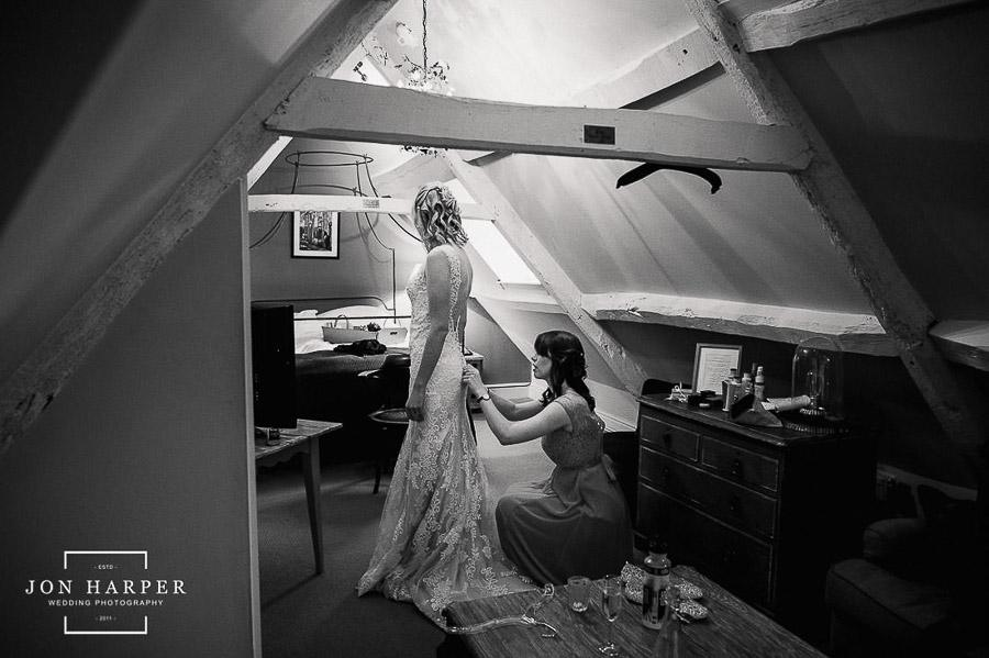 jon harper wedding photography cripps barn-